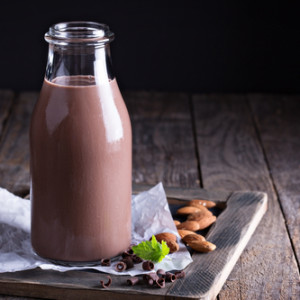 chocolate almond milk smoothie