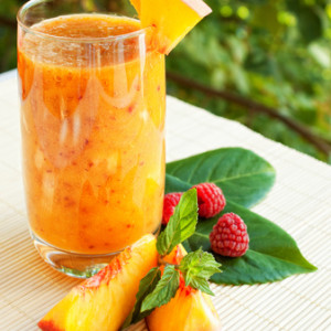 peach raspberry smoothie